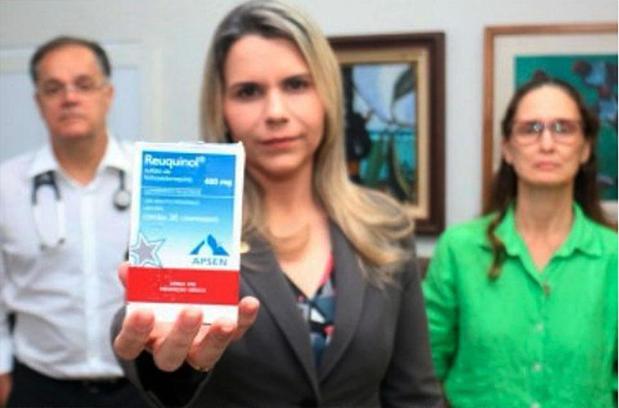 Mais de 200 médicos assinam carta cobrando a governador o uso da cloroquina