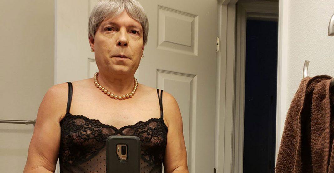 Ex-transexual e primeiro gênero