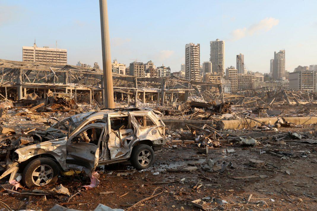 Beirute: chega a 100 o número de mortos e 300 mil desabrigados, aponta governo