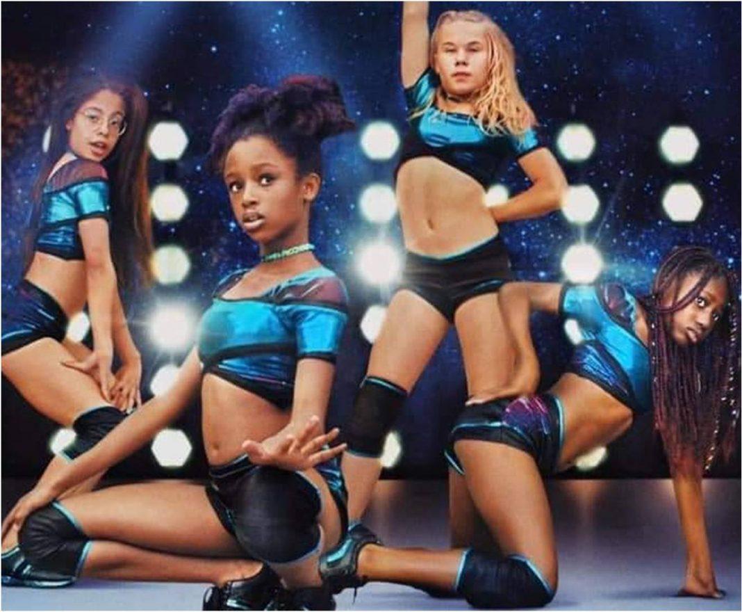 Netflix é acusada de sexualizar meninas de 11 anos ao promover o filme Cuties