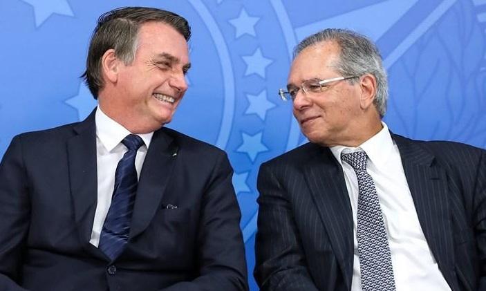 Bolsonaro anuncia a criação do