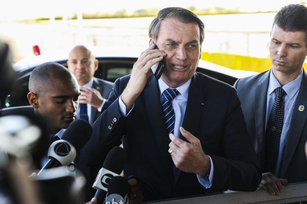 Bolsonaro ironiza imprensa sobre disputa nos EUA: