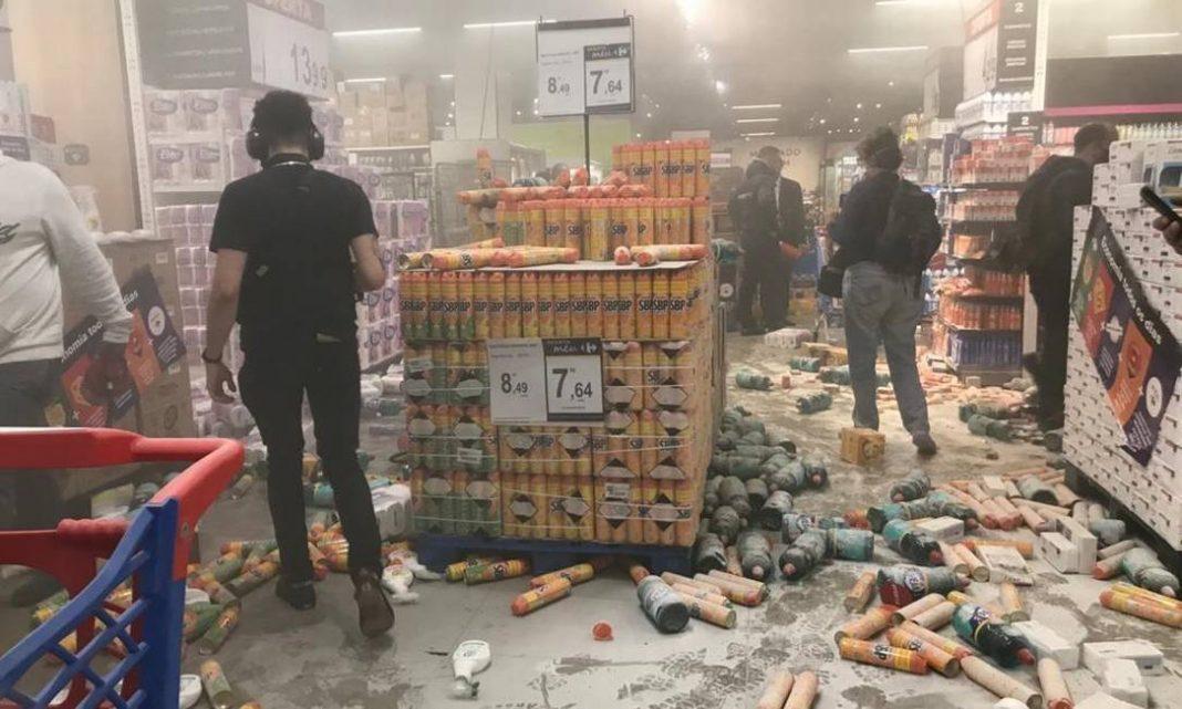 [Opinião] Essa história do Carrefour é o velho bode expiatório de René Girard
