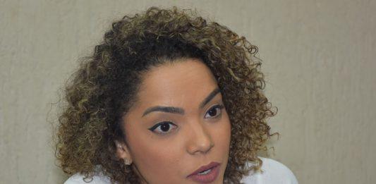 """Conservadora, prefeita eleita sofre racimo e ameaça de morte: """"Cara de favelada"""""""