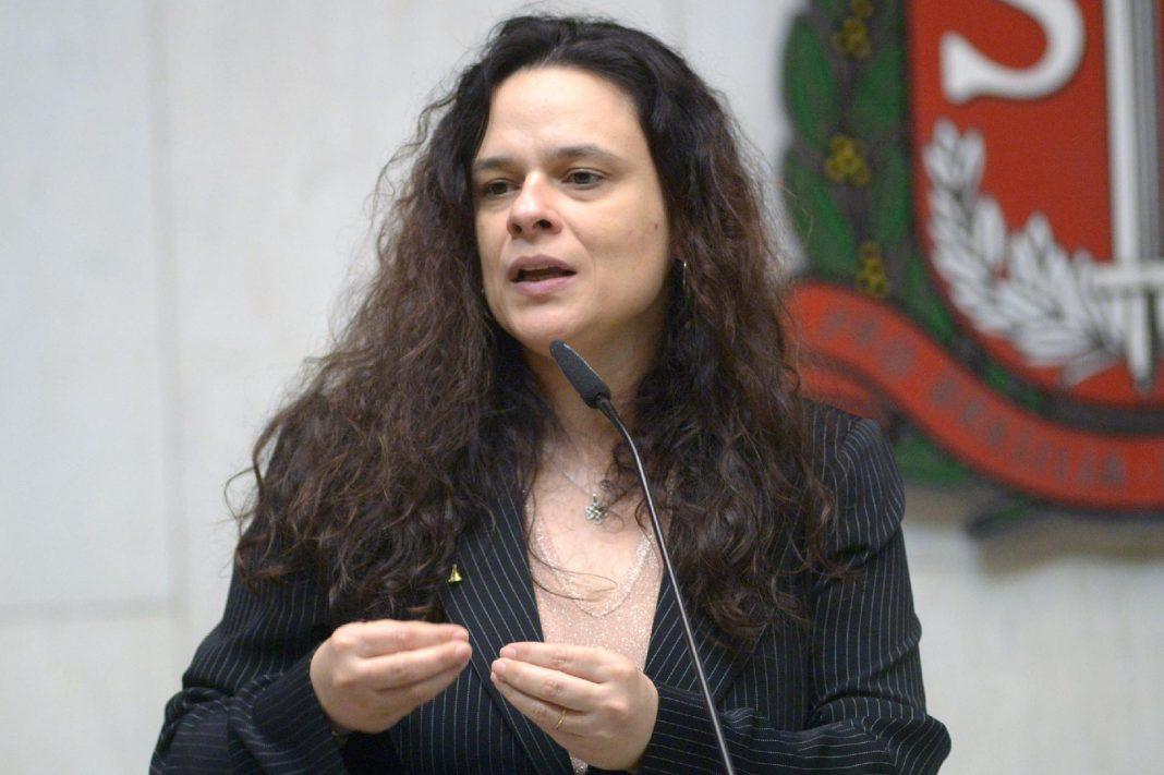 Janaína pede a prisão de governador e depois apaga mensagem; entenda