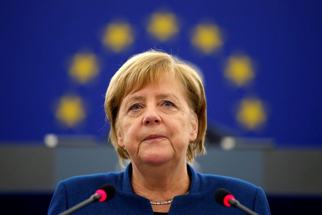 Chanceler da Alemanha diz que decretar lockdown na Páscoa foi um erro e pede perdão
