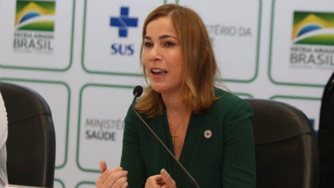 Médica que defende o uso da cloroquina diz que vai falar